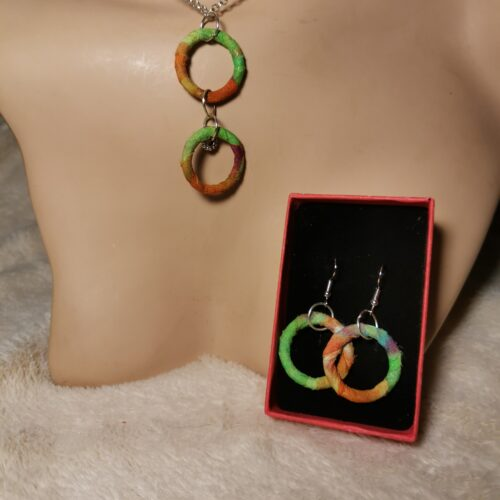 Artistic Jewellery Set